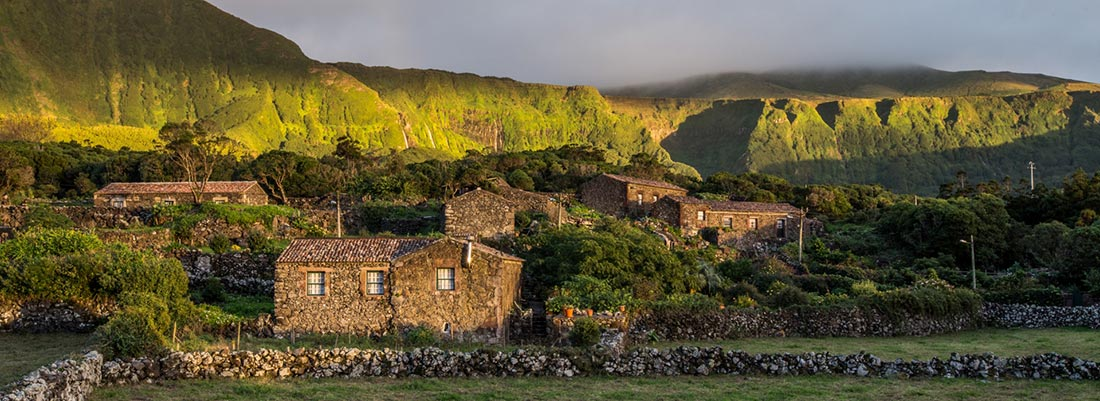 Casas rurales de Aldeia da Cuada