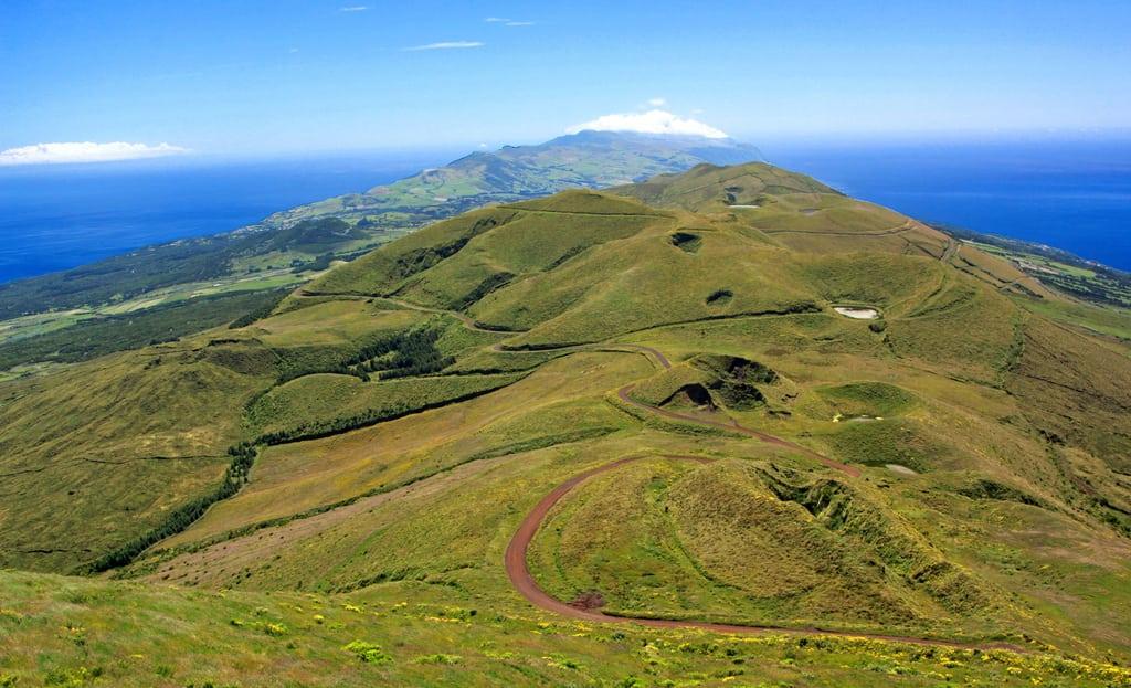 Pico de la Esperanza, punto más alto de São Jorge